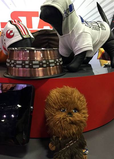 Petco Debuts New Star Wars Pet Accessories at Comic Con 2015