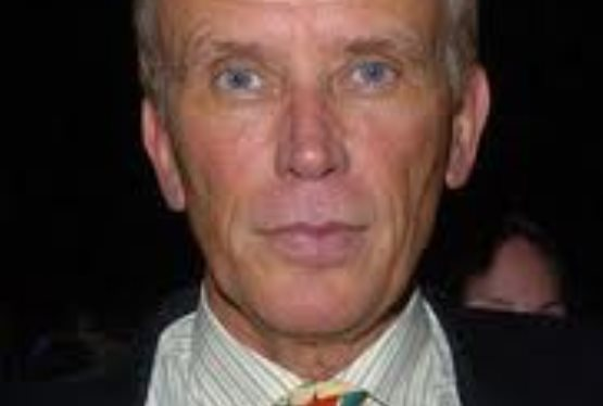 Peter Weller Signs on for Star Trek Role