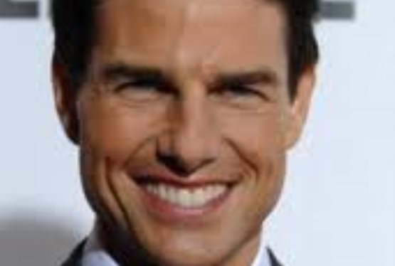 Magnificent Seven Roboot to Star Tom Cruise