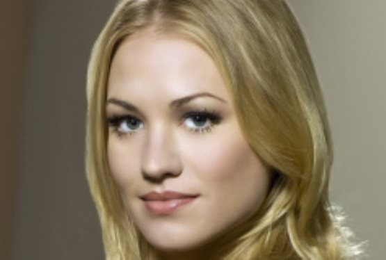 Yvonne Strahovski to Return for Dexter's Final Season