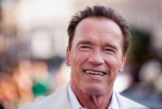 Schwarzenegger to Replace Trump as Celebrity Apprentice Host