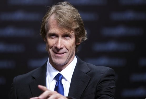Michael Bay Confirms His Return for Transformers 5