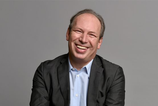 Hans Zimmer to Retire from Superhero Film Work