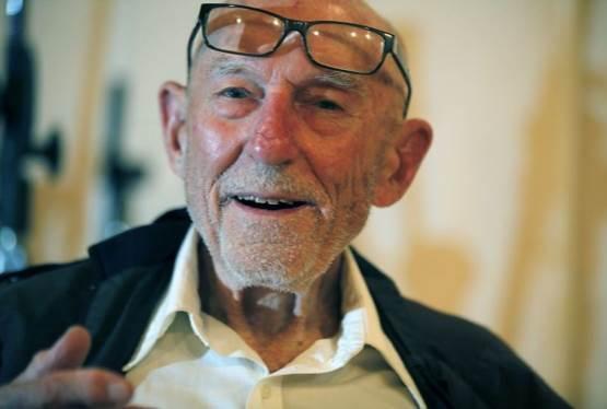 Erik Bauersfeld, Voice of Star Wars' Admiral Ackbar, Dies at 93