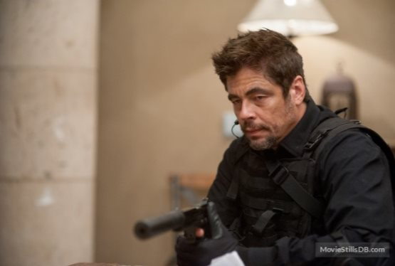 Benicio del Toro to Star in Predator Reboot
