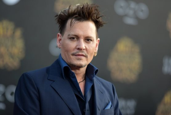 "Johnny Depp Joins Cast of first of four ""Fantastic Beasts"" Sequels"