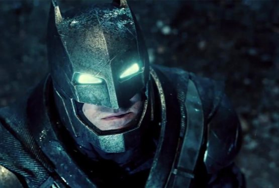 "Ben Affleck Says Batman Film is ""Right on Track"""