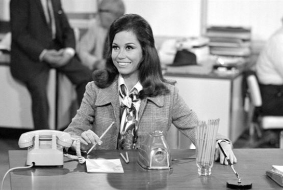 Television Icon Mary Tyler Moore Dies at Age 80