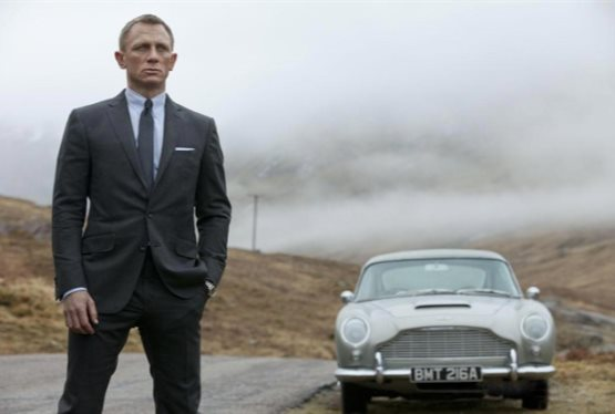Daniel Craig Confirms His Return for Bond 25
