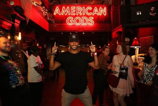 American God's Jack's Crocodile Bar Comes Alive During New York Comic Con 2017