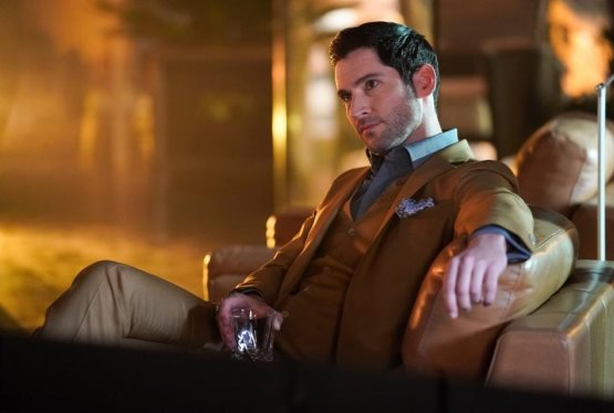 Netflix Picks Up Lucifer for Season 4