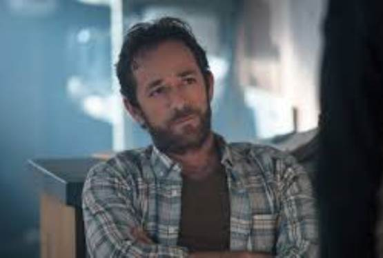 Jason Priestley Pays a Touching Tribute to Luke Perry
