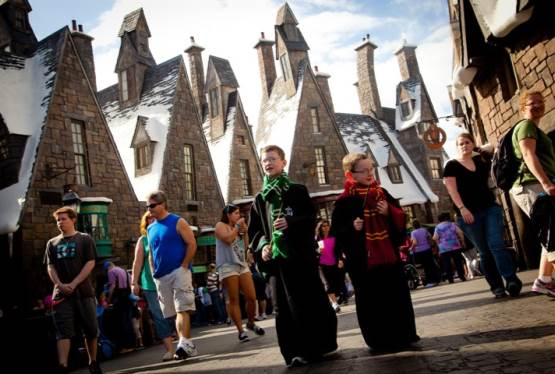 Win a Dream Vacation to The Wizarding World of Harry Potter!