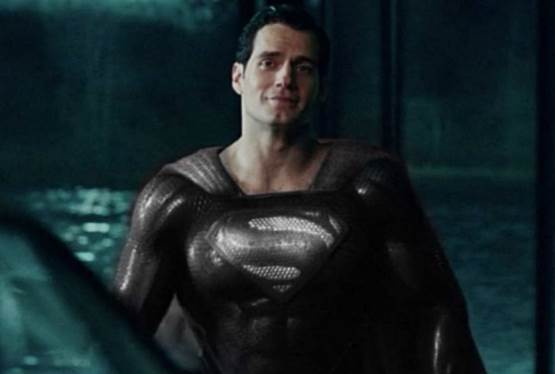 Zack Snyder Teases His Cut of Justice League
