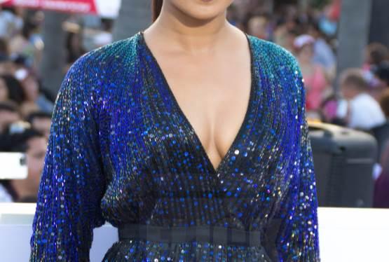 Priyanka Chopra Jonas and Nick Jonas to Announce Oscar Nominations