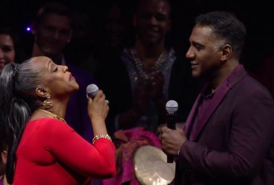 "D23 Expo | ""A Whole New World"" Regina Belle & Norm Lewis"