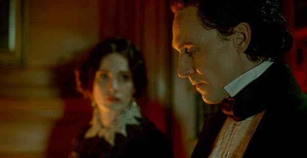 Crimson Peak © Universal Pictures. All Rights Reserved.