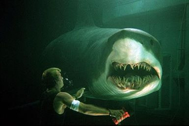 Deep Blue Sea © Warner Bros.. All Rights Reserved.