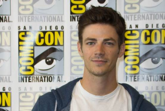 Grant Gustin Discusses The Flash Season 3, How Fast He Can Run In Real Life and More!